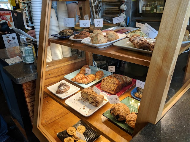 Redwing Cafe image