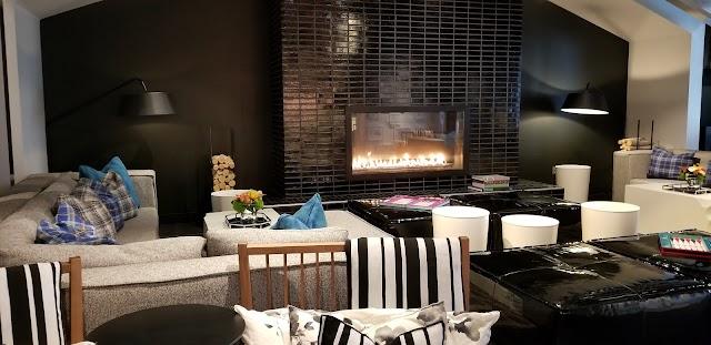 W Living Room Bar image