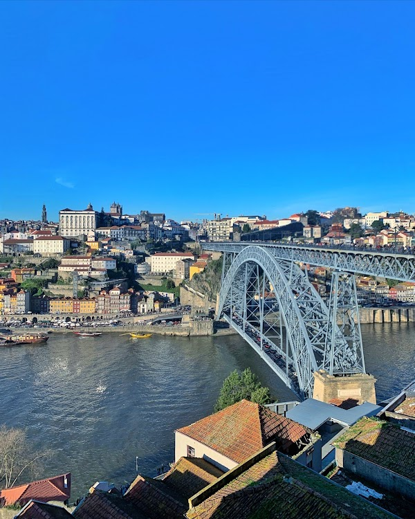 Popular tourist site Luís I Bridge in Porto