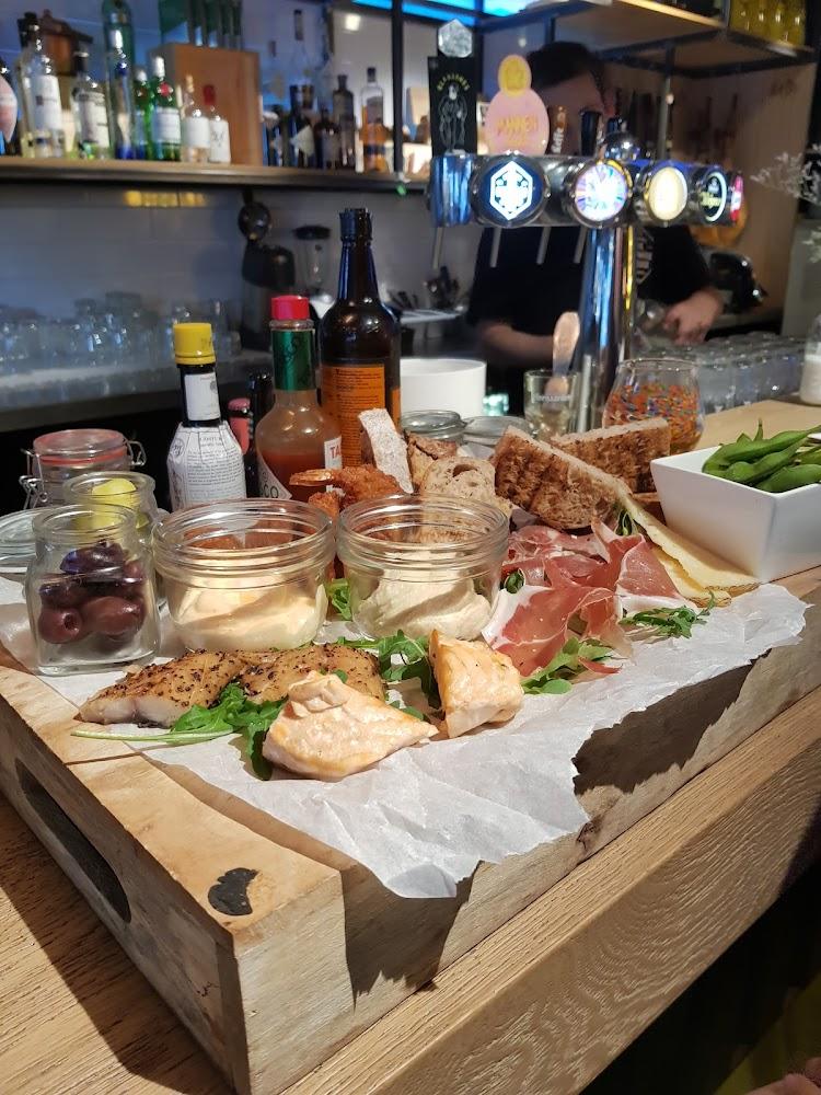 Borrl Kitchen Deli Amsterdam