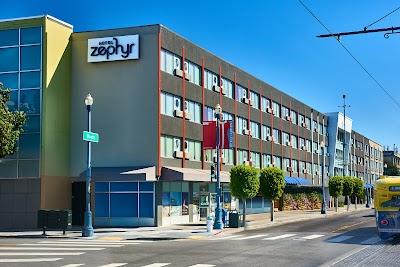 Hotel Zephyr Parking - Find Cheap Street Parking or Parking Garage near Hotel Zephyr | SpotAngels