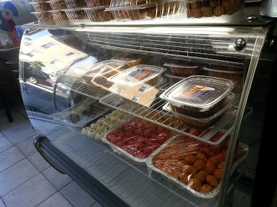 Abdullah Sweets And Restaurant Parking - Find Cheap Street Parking or Parking Garage near Abdullah Sweets And Restaurant | SpotAngels