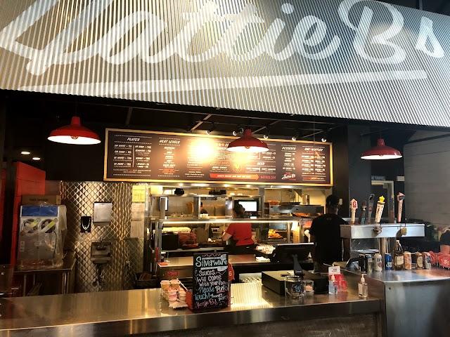 Hattie B's Hot Chicken - Melrose Nashville, TN