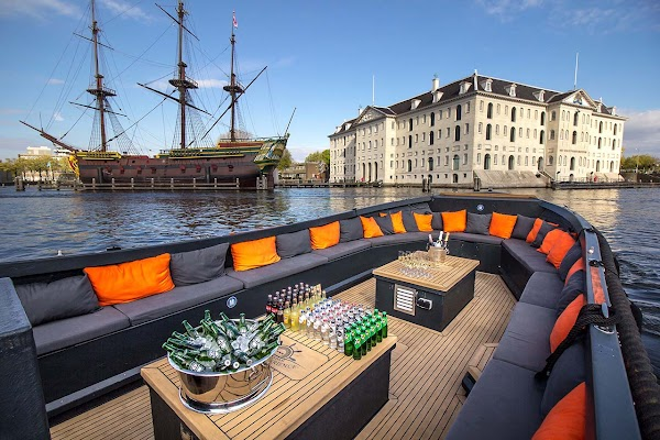 Popular tourist site Flagship Amsterdam Canal Cruise in Amsterdam