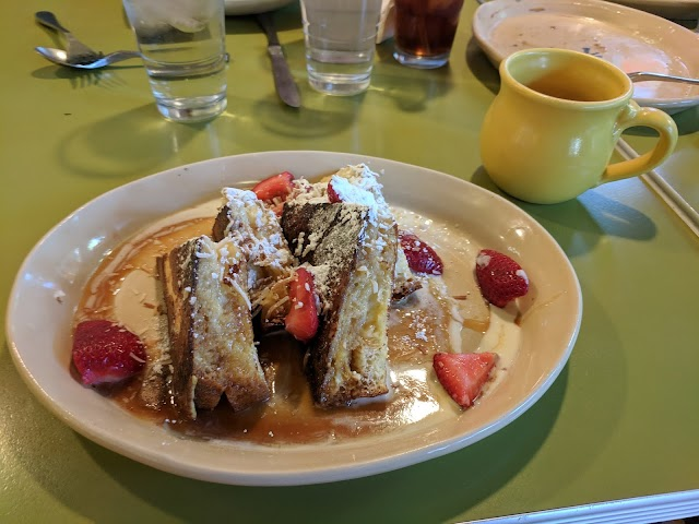 Snooze, an A.M. Eatery