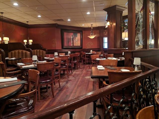 Minervas Restaurant - Sioux Falls