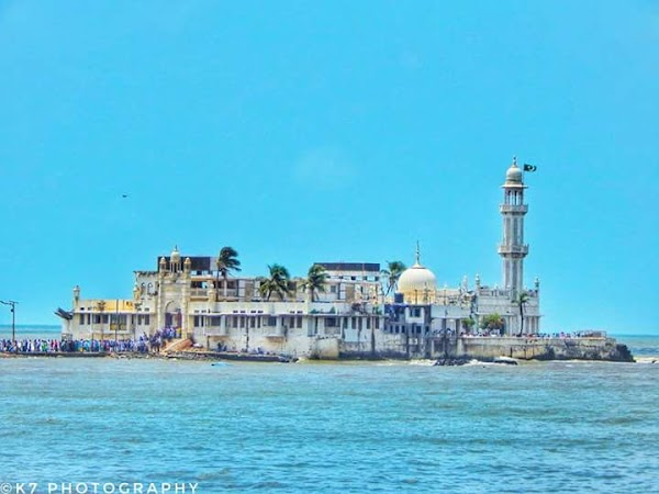 Popular tourist site Haji Ali Dargah in Mumbai