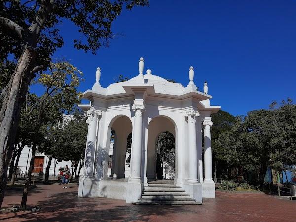 Popular tourist site Parque de Los Novios in Santa Marta