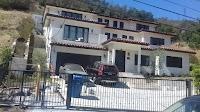 Laurelwood Villa