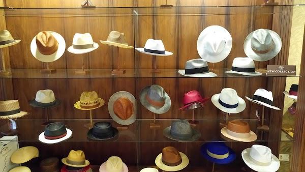 Popular tourist site Homero Ortega Hats in Cuenca