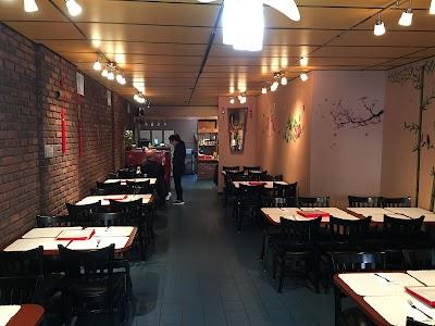 Mr Fu Kitchen Parking - Find Cheap Street Parking or Parking Garage near Mr Fu Kitchen | SpotAngels