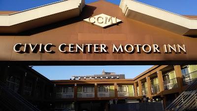 Civic Center Motor Inn Parking - Find the Cheapest Street Parking and Parking Garage near Civic Center Motor Inn | SpotAngels