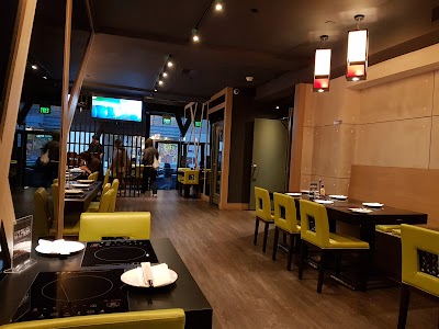 Hanlin Tea Restaurant Parking - Find Cheap Street Parking or Parking Garage near Hanlin Tea Restaurant | SpotAngels