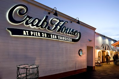 Crab House At Pier 39 Parking - Find Cheap Street Parking or Parking Garage near Crab House At Pier 39 | SpotAngels