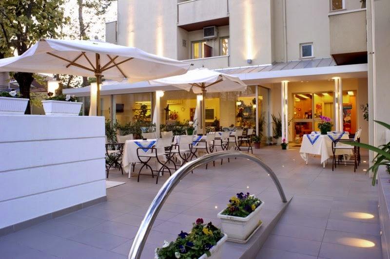 Hotel Nives ** Sup
