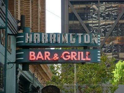 Harrington's Bar & Grill Parking - Find Cheap Street Parking or Parking Garage near Harrington's Bar & Grill | SpotAngels