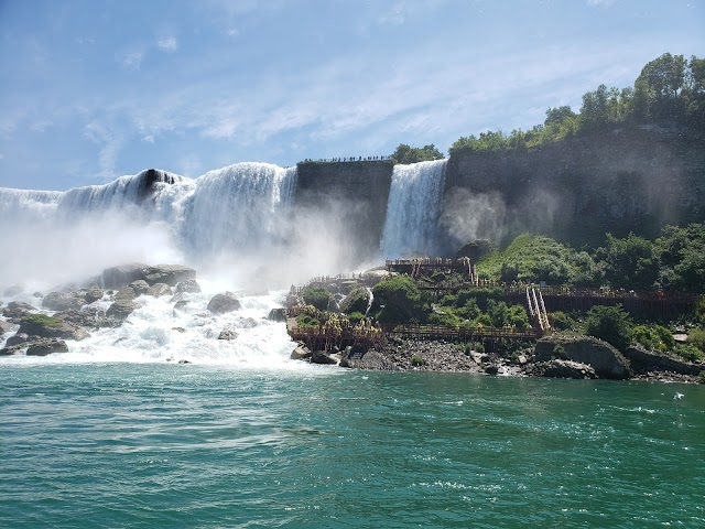 Maid of the Mist Boat Tour image