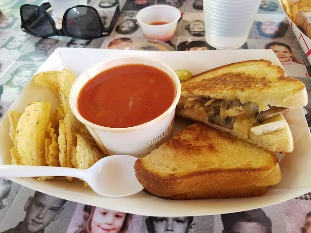 The Grilled Cheese Grill