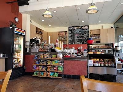 Carlin's Cafe Parking - Find Cheap Street Parking or Parking Garage near Carlin's Cafe | SpotAngels