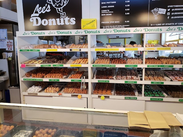 Lee's Donuts image