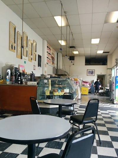 Oscar's Burger Deli Parking - Find Cheap Street Parking or Parking Garage near Oscar's Burger Deli   SpotAngels