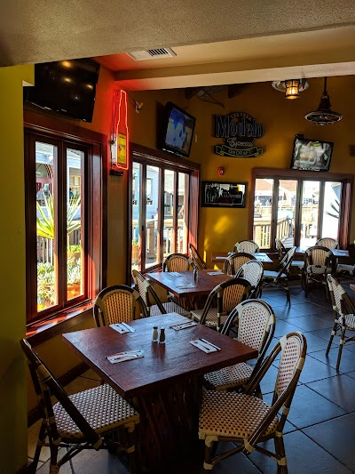 Mango's Taqueria And Cantina Parking - Find Cheap Street Parking or Parking Garage near Mango's Taqueria And Cantina | SpotAngels