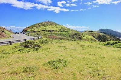 Twin Peaks Parking - Find Cheap Street Parking or Parking Garage near Twin Peaks | SpotAngels