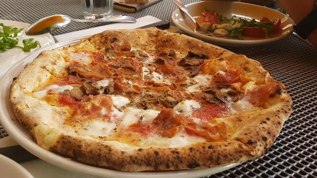 Punch Pizza Highland Park
