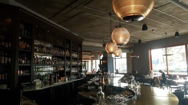 Thackeray Café & Bar