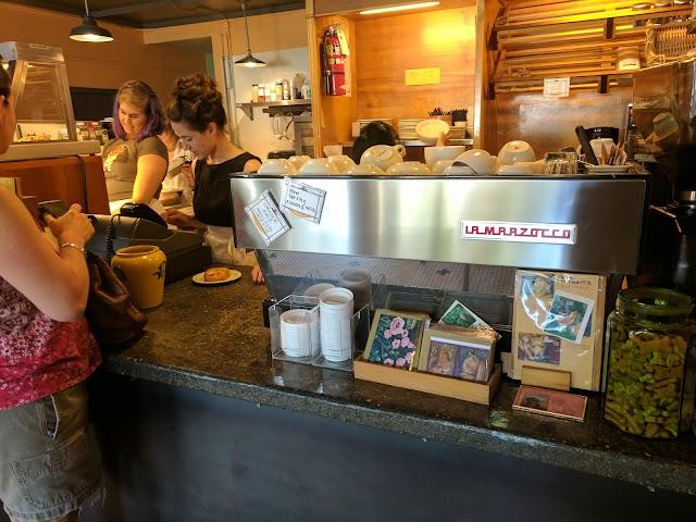 Cafe Besalu image