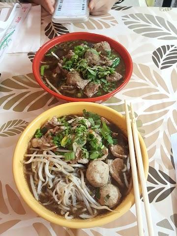 Noodle Hut