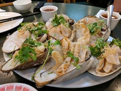 Oriental Seafood Restaurant Parking - Find Cheap Street Parking or Parking Garage near Oriental Seafood Restaurant | SpotAngels