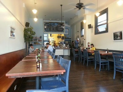 Cafe St. Jorge Parking - Find Cheap Street Parking or Parking Garage near Cafe St. Jorge | SpotAngels