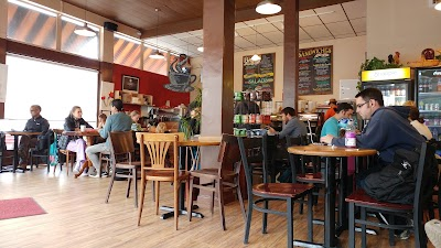 Fog Lifter Cafe Parking - Find Cheap Street Parking or Parking Garage near Fog Lifter Cafe | SpotAngels