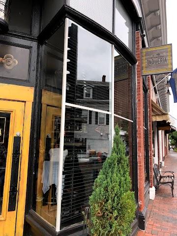 Yellow Door Taqueria