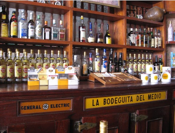 Popular tourist site La Bodeguita Del Medio in Havana