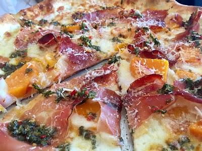 Gioia Pizzeria Parking - Find Cheap Street Parking or Parking Garage near Gioia Pizzeria   SpotAngels