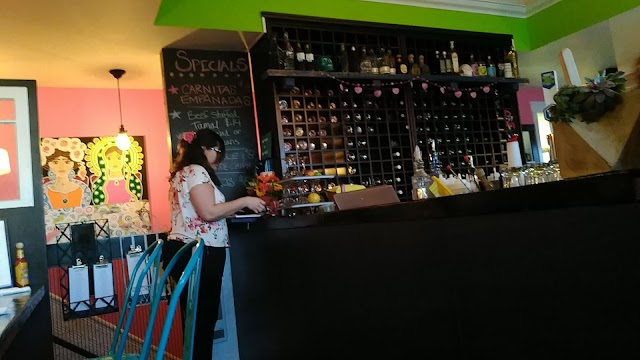 List item Lunitas Mexican Eatery image