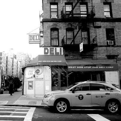 94 Deli And Superior Grocery Parking - Find Cheap Street Parking or Parking Garage near 94 Deli And Superior Grocery | SpotAngels