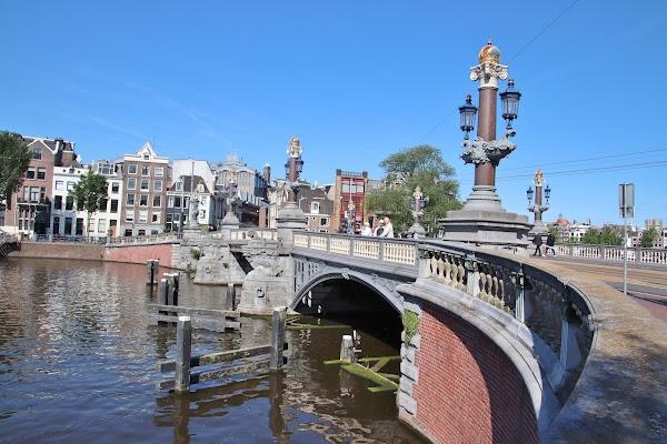 Popular tourist site Blauwbrug in Amsterdam