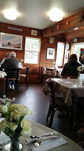 Lazy Susan Cafe