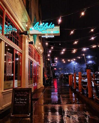 Lost Lake Cafe & Lounge banner backdrop