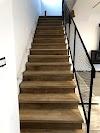 Image 3 of זווית מדרגות, טירה
