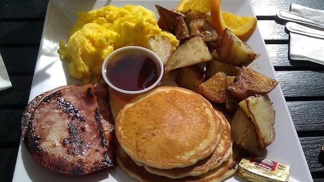 Scramble, a breakfast & lunch joint