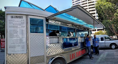 Los Compadres Taco Truck Parking - Find Cheap Street Parking or Parking Garage near Los Compadres Taco Truck | SpotAngels