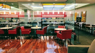 50 On Eight Restaurant & Lounge Parking - Find Cheap Street Parking or Parking Garage near 50 On Eight Restaurant & Lounge | SpotAngels