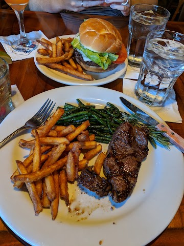 Buzz's Steakhouse