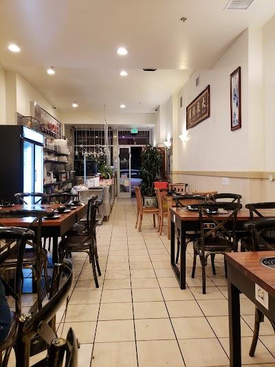 Chef Li's Cafe Parking - Find Cheap Street Parking or Parking Garage near Chef Li's Cafe | SpotAngels