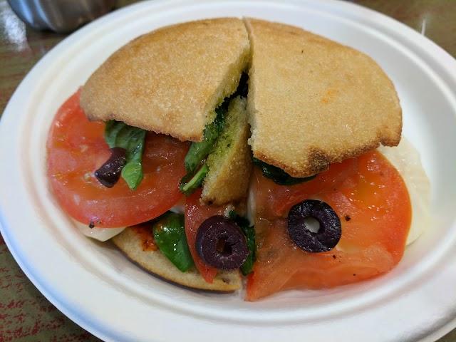 Specialty's Café & Bakery