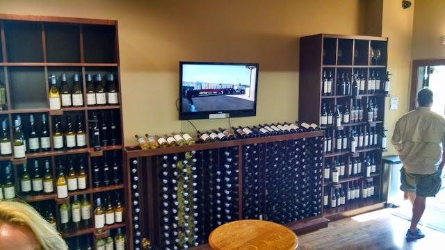 Airfield Estates Winery Woodinville Tasting Room